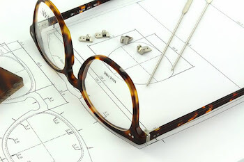 Eyewear Manufacturers in Italy